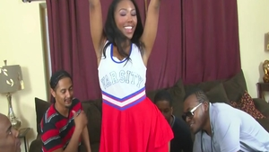Young cheerleader agrees to plowing hard in HD