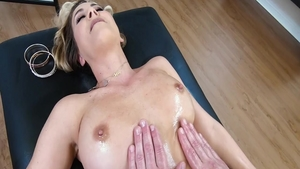 Large tits herie Deville stepmom pussy fuck XXX