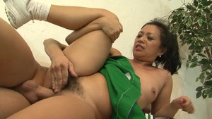 Chubby Lucky Starr sucking cock