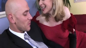Nina Hartley together with Johnny Sins raw cum in mouth