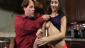 Cute babe Nina North gets a buzz out of the best sex
