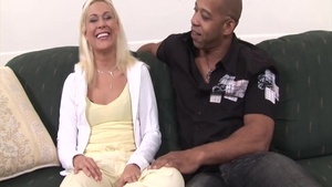 Blonde haired Cindy Crawford anal interracial