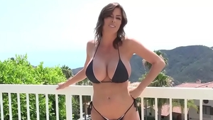 Good fuck in the company of big ass stepmom Alexis Fawx