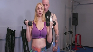 Sarah Vandella pussy fuck in the gym