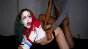 Perfect body Harley Quinn need gets blowjob
